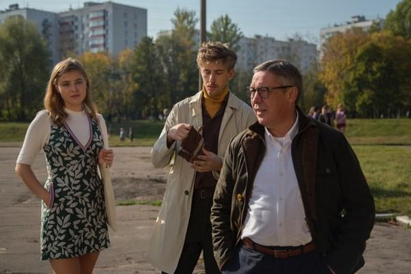 film-horoshiy-malchik-za-vashi-dengi-protiv-vashih-detey-2